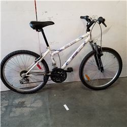 WHITE SPORTEK BIKE