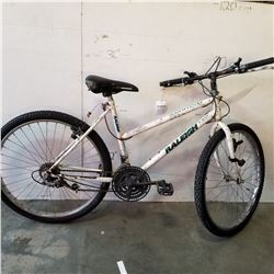 WHITE RALEIGH BIKE