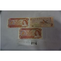 3 UNCIRCULATED 2 DOLLARS - 2 FROM 1974, AND 1 FROM 1986