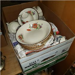 SOVEREIGN POTTERS CHINA PLACE SETTINGS
