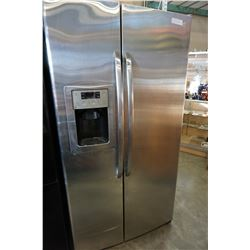 STAINLESS STEEL SIDE BY SIDE GE FRIDGE WITH WATER AND ICE DISPENSER TESTED AND WORKING GUARANTEED