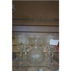 LOT OF ETCHED CRYSTAL GLASSES
