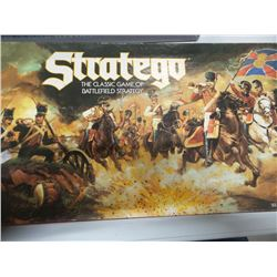 Stratego vintage complete board game