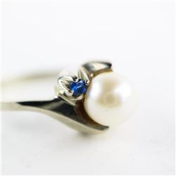Estate 10kt Gold Ring Culture Pearl and Blue Sapph