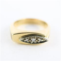 Gents 10kt Gold 3 Diamond Ring 6.85gr. Size 9.5