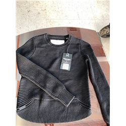 Triumph ladies' sweater, size S