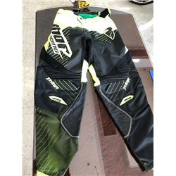 One THOR S6 COR HUX BK/GN race pant: Size 30