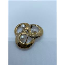 14K BROOCH WITH PEARLS RV $695.00