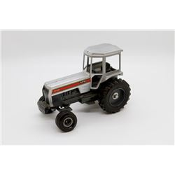 White 2-135 tractor 1/16
