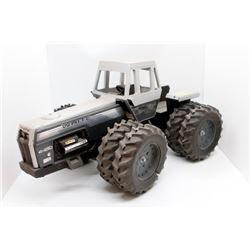White 4-210 Field Boss tractor