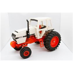 Case 2590 tractor  1/16