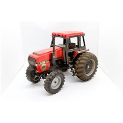 Case IH 3294 tractor