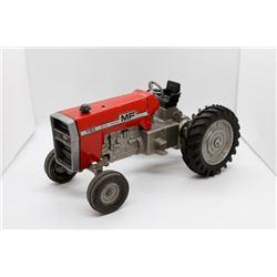Massey Ferguson 1105 tractor  1/16
