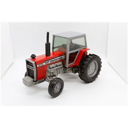 Massey Ferguson 2775 tractor