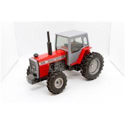 Massey Ferguson 699 tractor   1/32