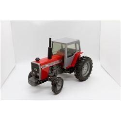 Massey Ferguson 670 tractor
