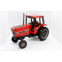 IH 5088 tractor      1/16