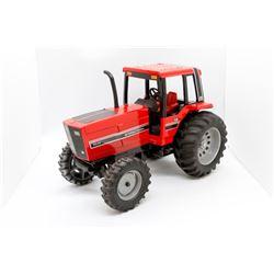 IH 5288 tractor