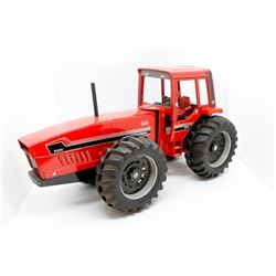 IH 6388 tractor