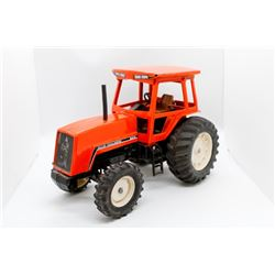 Allis Chalmers 8010 tractor     1/16