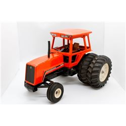 Allis Chalmers 8030 tractor SLIGHTLY USED  1/16