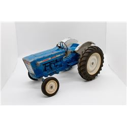 Ford 4000 tractor USED  1/16