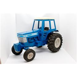 Ford TW-25 tractor     1/16