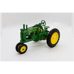 John Deere A tractor  1/16