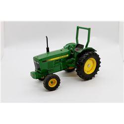 John Deere tractor        6in