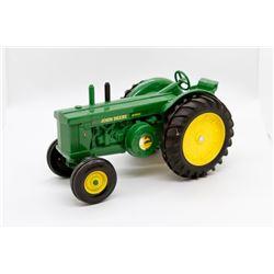 John Deere R diesel tractor        1/16