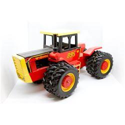 Versatile 895 tractor    1/16