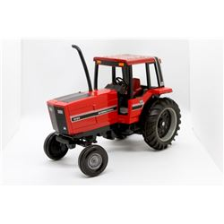 IH 5088 tractor       1/16