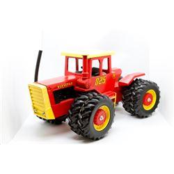 Versatile 825 tractor         1/16
