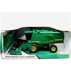 John Deere 9600 combine Ertl 1:28 *Wrong Box*