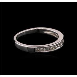 0.33 ctw Diamond Ring - 14KT White Gold