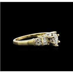 0.79 ctw Diamond Ring - 14KT Yellow Gold
