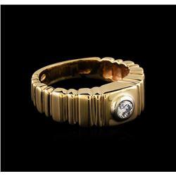 0.10 ctw Diamond Ring - 14KT Yellow Gold