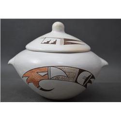 HOPI INDIAN POTTERY JAR (JOY NAVASIE)