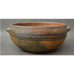 SOUTH AMERICAN POTTERY BOWL