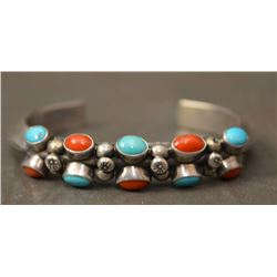 NAVAJO INDIAN BRACELET (TEDDY GOODLUCK)