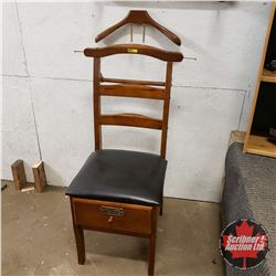 Ducks Unlimited: Suit Chair w/Drawer