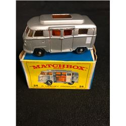 Vintage MATCHBOX Series No.34 Volkswagen Camper by Lesney