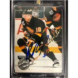 PAVEL BURE SIGNED PRO SET PLATINUM HOCKEY CARD