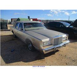 1986 - LINCOLN TOWN CAR