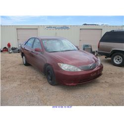 2005 - TOYOTA CAMRY/SALVAGE TITLE