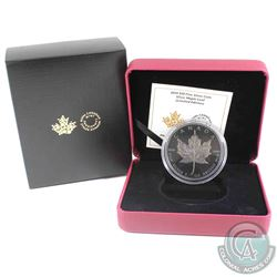 2019 Canada $10 Silver Maple Leaf Limited Edition Fine Silver Coin (There is a scratch on the coin).