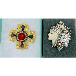 LOT OF TWO UNSIGNED VINTAGE BROOCHES