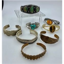 MISC LOT OF BANGLE BRACELETS