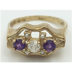 10K YELLOW GOLD DIAMOND AND AMETHYST RING