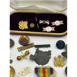 HUGE LOT OF MILITARY BUTTON, MEDALS AND PINS
